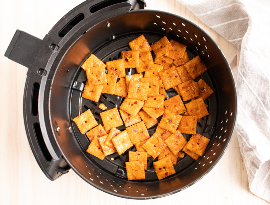 air fryer with easy feisty snack crackers